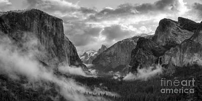 Daybreak Over Yosemite Poster
