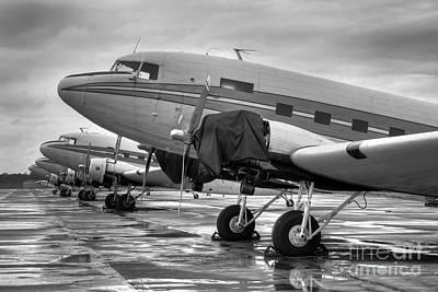 Dc-3's Poster