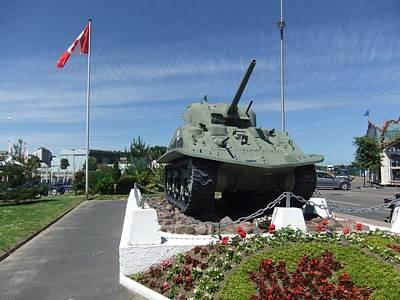 Dd Tank Poster