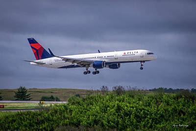 Delta Air Lines 757 Airplane N557nw Art Poster