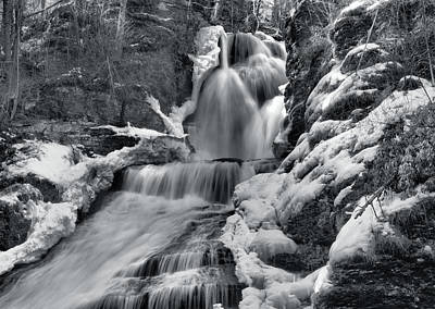 Dingmans Falls In Winter Poster