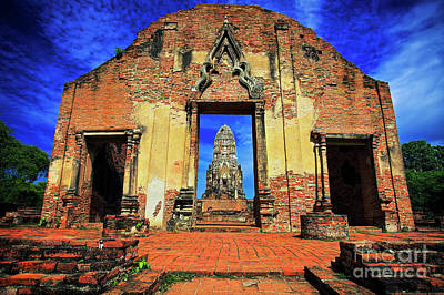 Doorway To Wat Ratburana In Ayutthaya, Thailand Poster