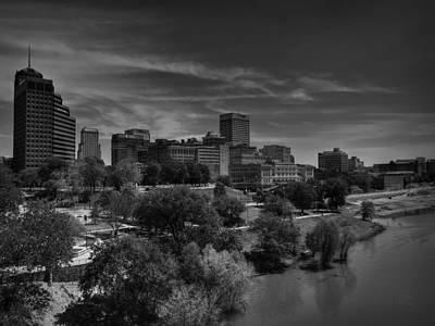 Downtown Memphis Skyline 001 Bw Poster by Lance Vaughn