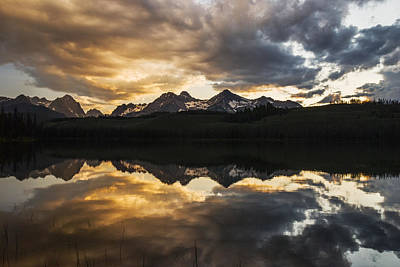 Dramatic Sunset Over Sawtooth Mountain Range In Stanley Idaho Poster