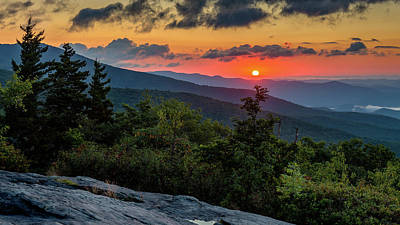 Blue Ridge Parkway Sunrise - Beacon Heights - North Carolina Poster