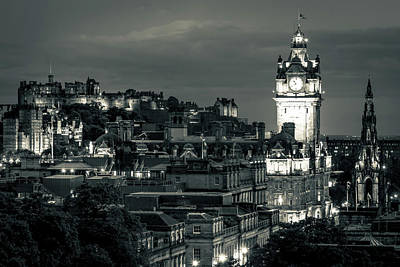 Edinburgh In Black And White Poster