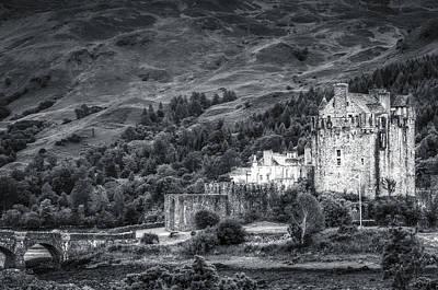 Eilean Donan Castle, Dornie, Kyle Of Lochalsh, Isle Of Skye, Scotland, Uk Poster