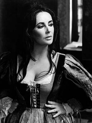Elizabeth Taylor In The Taming Of The Shrew Poster by Unknown
