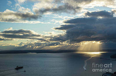 Elliot Bay Clouds And Sunrays Poster