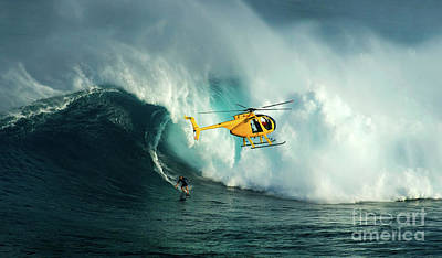 Extreme Surfing Hawaii 6 Poster by Bob Christopher