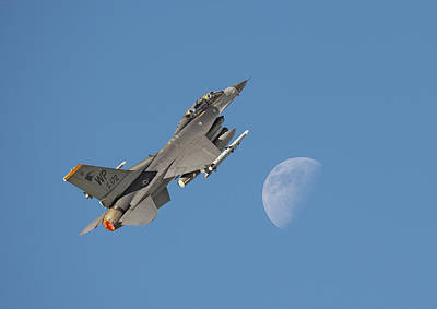 Poster featuring the photograph F16 - Aiming High by Pat Speirs