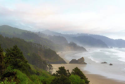 Falcon And Silver Point At Oregon Coast Poster