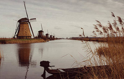 Famous Windmills At Kinderdijk, Netherlands Poster