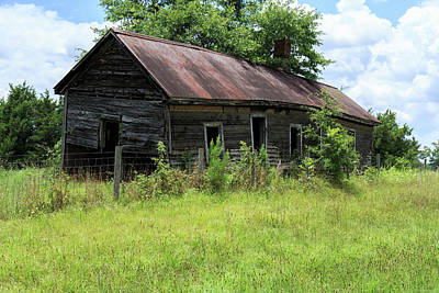 Poster featuring the photograph Farmhouse Abandoned by Doug Camara