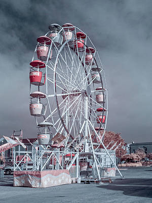 Ferris Wheel In Morning Poster by Greg Nyquist