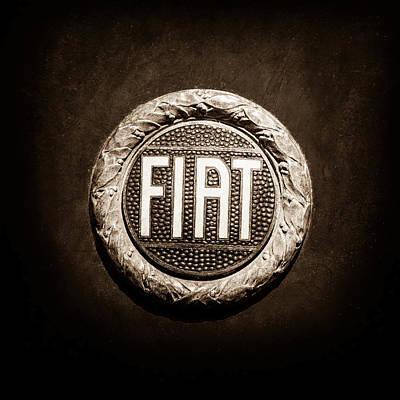 Fiat Emblem -1621s Poster