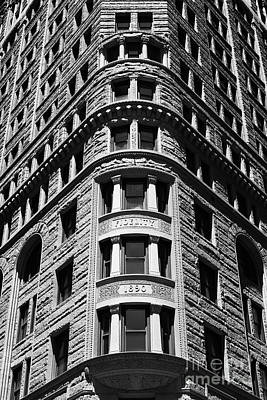 Fidelity Building Facade In Black And White Baltimore Poster
