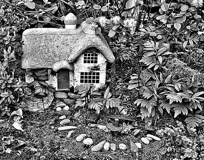 Flower Garden Cottage In Black And White Poster
