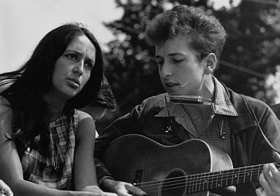 Folk Singers Joan Baez And Bob Dylan Poster
