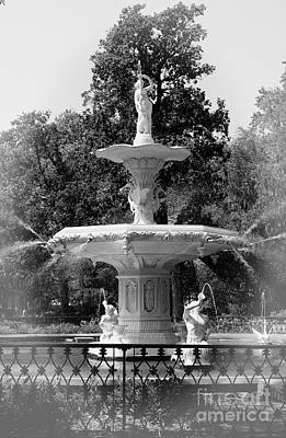 Forsyth Park Fountain Black And White With Vignette Poster