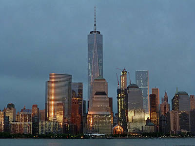 Freedom Tower At Dusk Poster