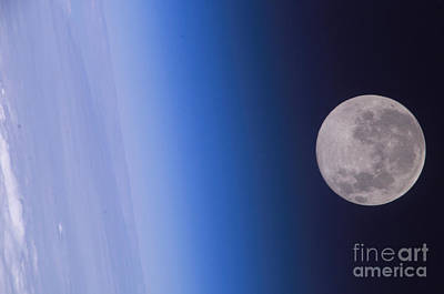 Full Moon, Iss Image Poster by Science Source
