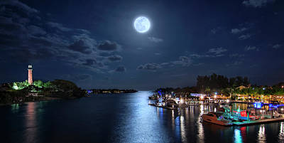 Full Moon Over Jupiter Lighthouse And Inlet In Florida Poster
