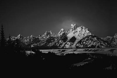 Full Moon Sets In The Tetons Poster