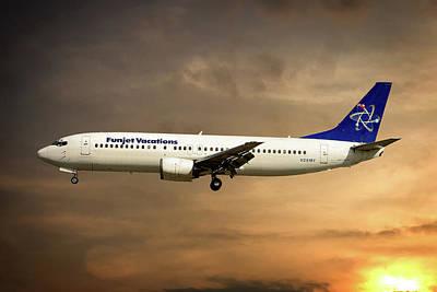 Funjet Vacations Boeing 737-4yo Poster