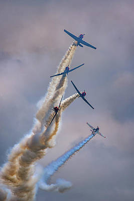 Poster featuring the photograph Geico Skytypers Tree Of Smoke by Rick Berk