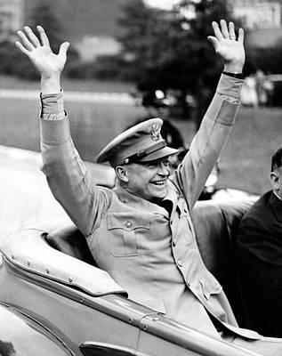 General Dwight Eisenhower Raises Both Poster by Everett