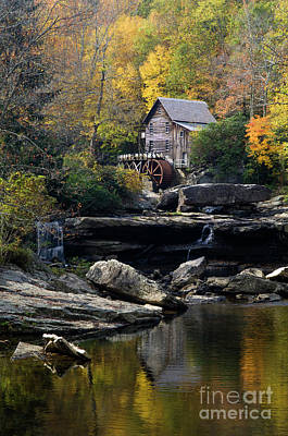 Poster featuring the photograph Glade Creek Grist Mill - D009975 by Daniel Dempster
