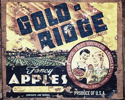 Gold Ridge Apple Crate Poster