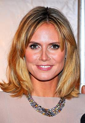 Heidi Klum At Arrivals For Reaching Out Poster