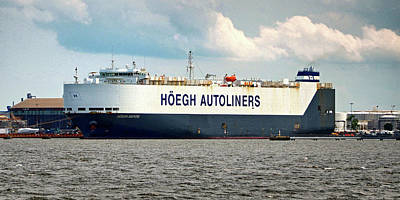 Poster featuring the photograph Hoegh Autoliners Heogh Maputo 9431850 At Curtis Bay by Bill Swartwout Fine Art Photography