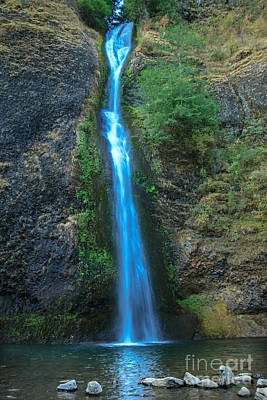 Horsetail Falls Poster by Robert Bales