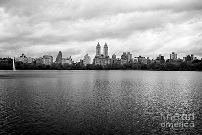 Jacqueline Kennedy Onassis Reservoir Central Park With View Of Upper West Side On Dull Overcast Day  Poster