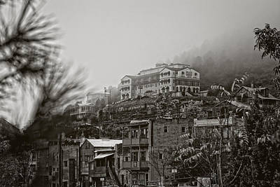 Poster featuring the photograph Jerome Az On A Foggy Morning by Ron Chilston