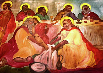 Jesus Washes His Disciples Feet Poster by Munir Alawi