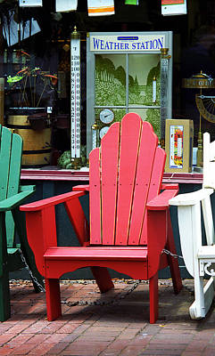 Jonesborough Tennessee - Comfy Chair Poster by Frank Romeo