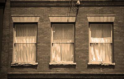 Jonesborough Tennessee - Three Windows Poster by Frank Romeo