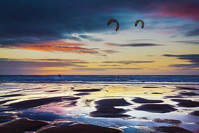 Kite Surfing, Widemouth Bay, Cornwall Poster