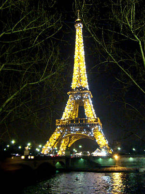 La Tour Eiffel En Nuit Poster by Al Bourassa