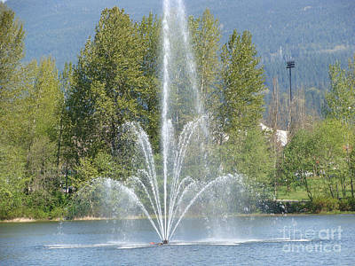 Lafarge Lake Fountain Poster by Rod Jellison