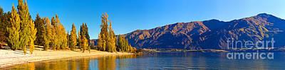 Lake Wanaka South Island New Zealand Nz Poster by Bill  Robinson