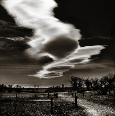 Lenticular Clouds Of Colorado Poster by Marilyn Hunt