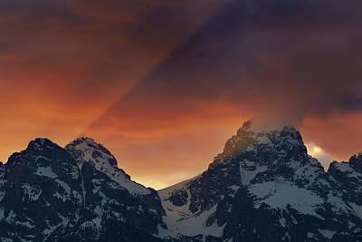 Light Rays Through The Tetons Poster