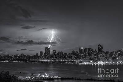 Lightning Over New York City Vi Poster