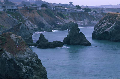 Living On The Edge - Sonoma Coast Poster by Soli Deo Gloria Wilderness And Wildlife Photography