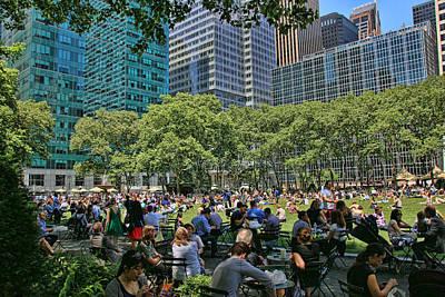 Lunchtime In Bryant Park Poster by Allen Beatty
